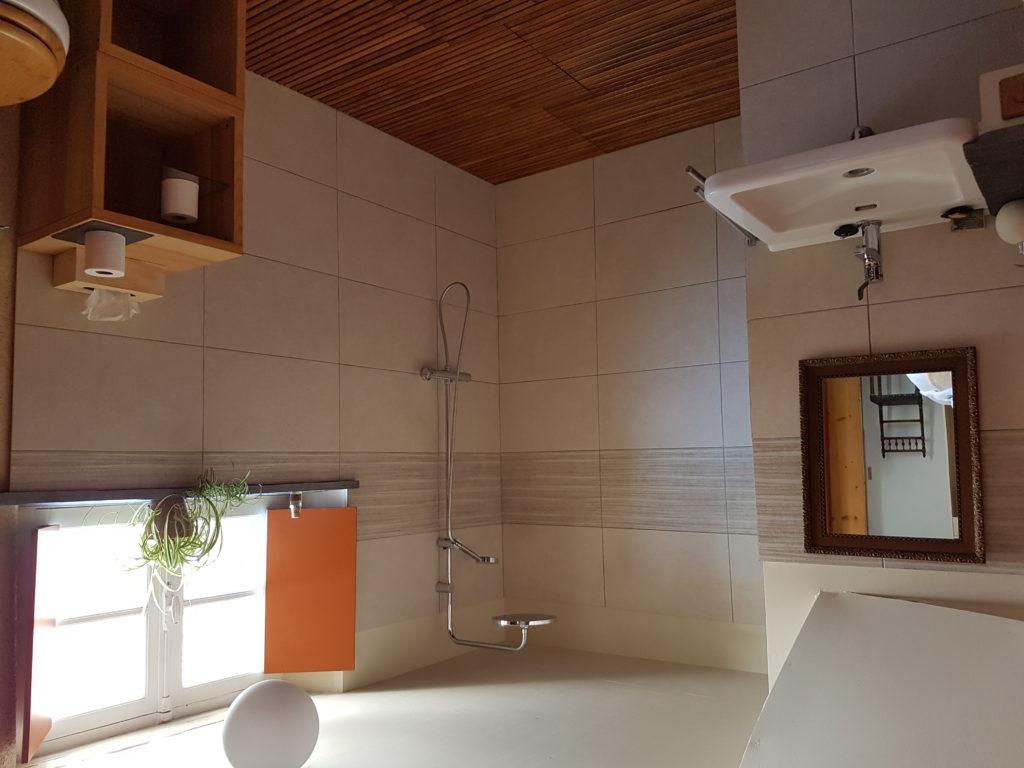 salle de douche chambre ardoise