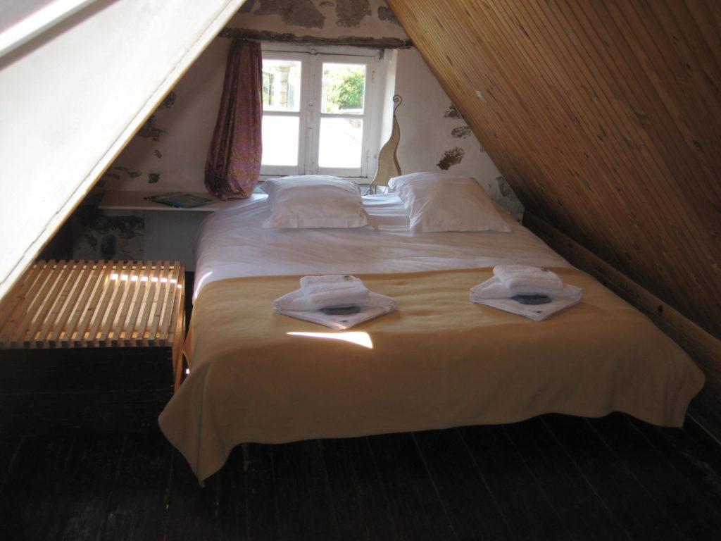 etage-ardoise-lit-double-2